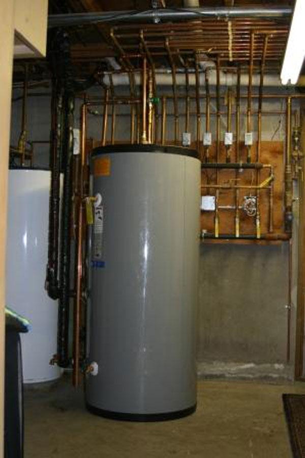 Nutmeg Mechanical Solar Hot Water Installation